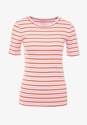 PERFECT FIT TEE  - Print T-shirt - peony ivory/orange