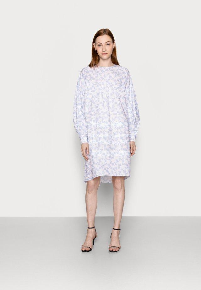 PCDORY DRESS - Denní šaty - kentucky blue
