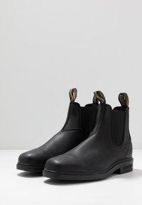 Blundstone - 063 DRESS SERIES - Classic ankle boots - voltan black - 3
