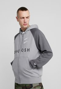 Nike Sportswear - M NSW HOODIE FZ FT - Zip-up hoodie - particle grey/iron grey/black/white - 0