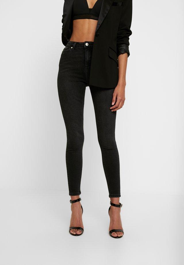 LIZZIE - Jeansy Skinny Fit - black
