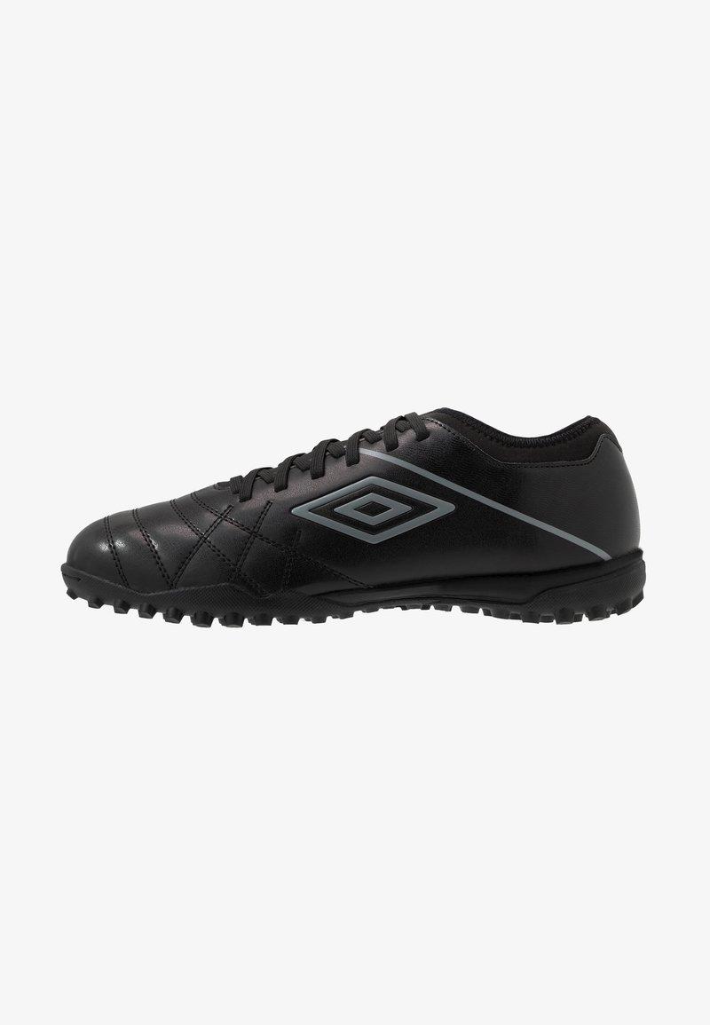 Umbro - MEDUSÆ III CLUB TF - Astro turf trainers - black/carbon