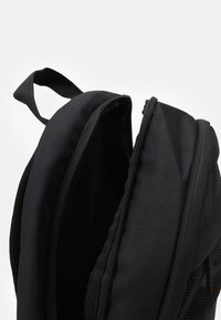 Nike Sportswear - ELEMENTAL UNISEX - Ryggsekk - black/white - 2