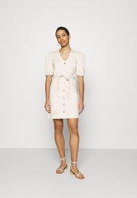 Selected Femme - SLFSOPHIA STAR  - Denim dress - creme - 0