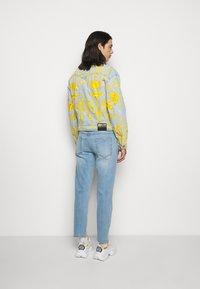Versace Jeans Couture - COLUMBUS  - Džínová bunda - light blue - 2