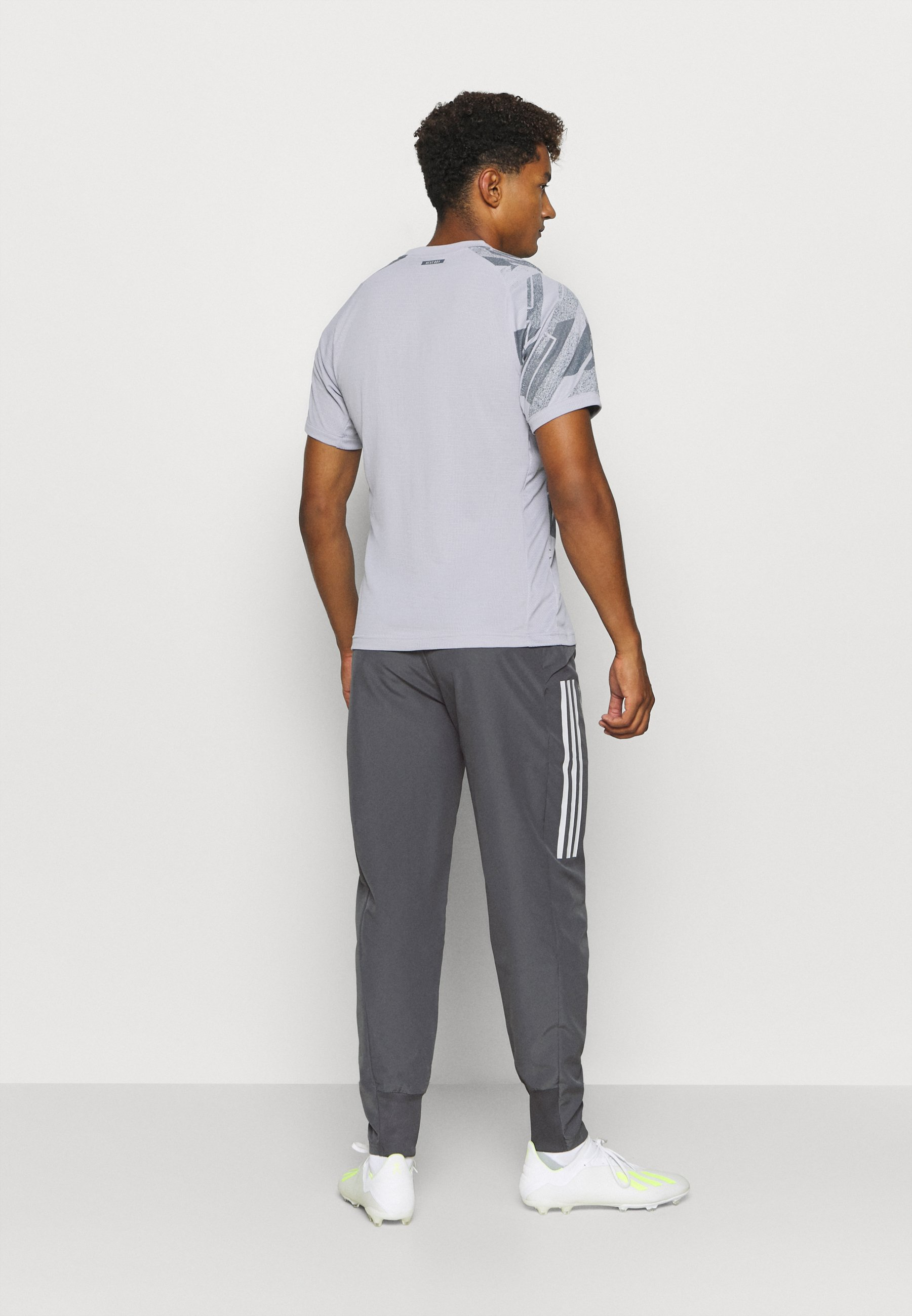 Homme REAL MADRID AEROREADY SPORTS FOOTBALL PANTS - Article de supporter