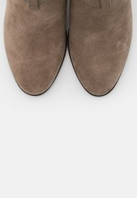 Tamaris - BOOTS - Classic ankle boots - taupe - 5
