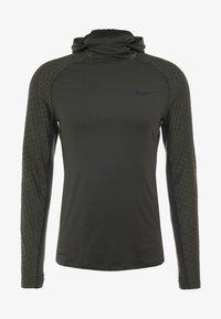 Nike Performance - UTILITY THRMA NVTY - Funktionströja - khaki/black - 5