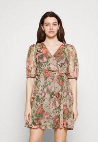 Vero Moda - VMLOA DRESS - Vestido informal - multi-coloured - 0