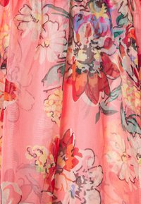 Missguided - FLORAL SHIRRED WAIST PLUNGE COVER UP - Strandaccessoire - pink - 2