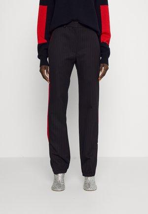 SLIM LEG ZIP DETAIL TROUSER - Trousers - navy/red
