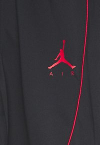 Jordan - JUMPMAN AIR SUIT PANT - Träningsbyxor - black/gym red - 5