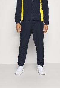 Lacoste Sport - TRACKSUIT HOODED - Verryttelypuku - navy blue/broom white - 3