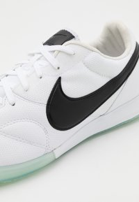 Nike Performance - PREMIER II SALA IC - Indoor football boots - white/black - 5