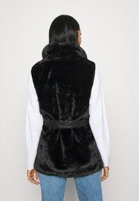 ONLY - ONLOLLIE WAISTCOAT - Waistcoat - black - 2