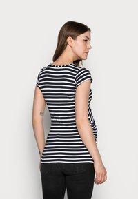 Envie de Fraise - KATIA - Print T-shirt - navy blue/off white - 2