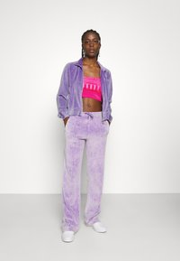Juicy Couture - TANYA ACID TRACK - Sweater met rits - pastel lilac - 4