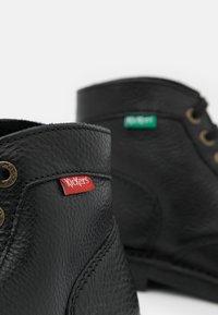 Kickers - KICKSTONER - Lace-up ankle boots - noir - 5
