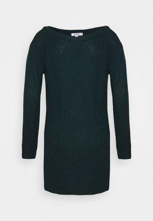 AYVAN OFF SHOULDER JUMPER DRESS - Robe pull - forest green