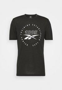 TRAINING SPEEDWICK TEE - T-shirt med print - black/white