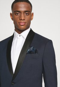 Isaac Dewhirst - FASHION TUX - Suit - dark blue - 6