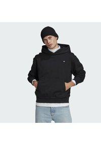 adidas Originals - PREMIUM HOODY UNISEX - Sweatshirt - black - 0