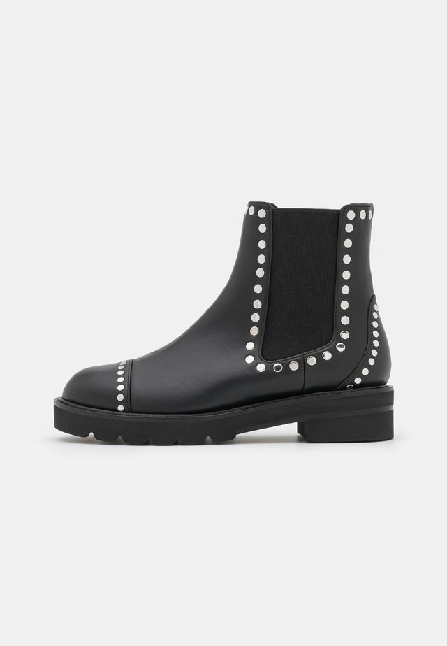 FRANKIE LIFT STUDS BOOTIE - Kotníkové boty na platformě - black