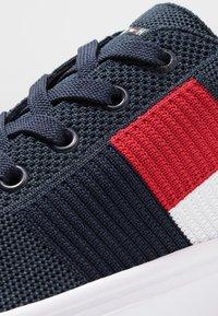 Tommy Hilfiger - LIGHTWEIGHT FLAG - Sneakers - blue - 5