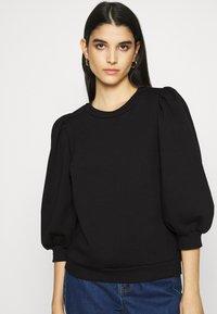 Gestuz - NANKITA - Sweatshirt - black - 3