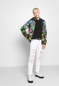 Versace Jeans Couture - BAROQUE COLLAR MULTI - Poloshirt - black - 1
