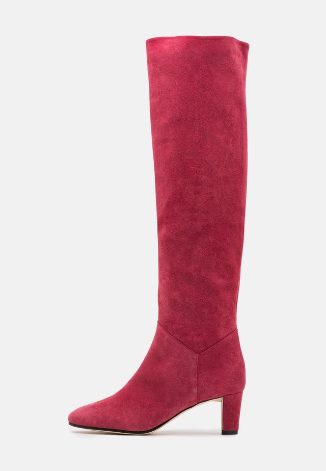 Over-the-knee boots - fucsia