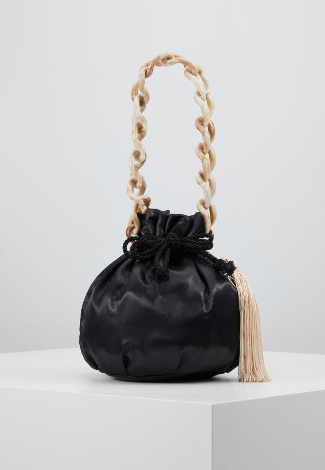 HERMINA TOTE - Käsilaukku - black