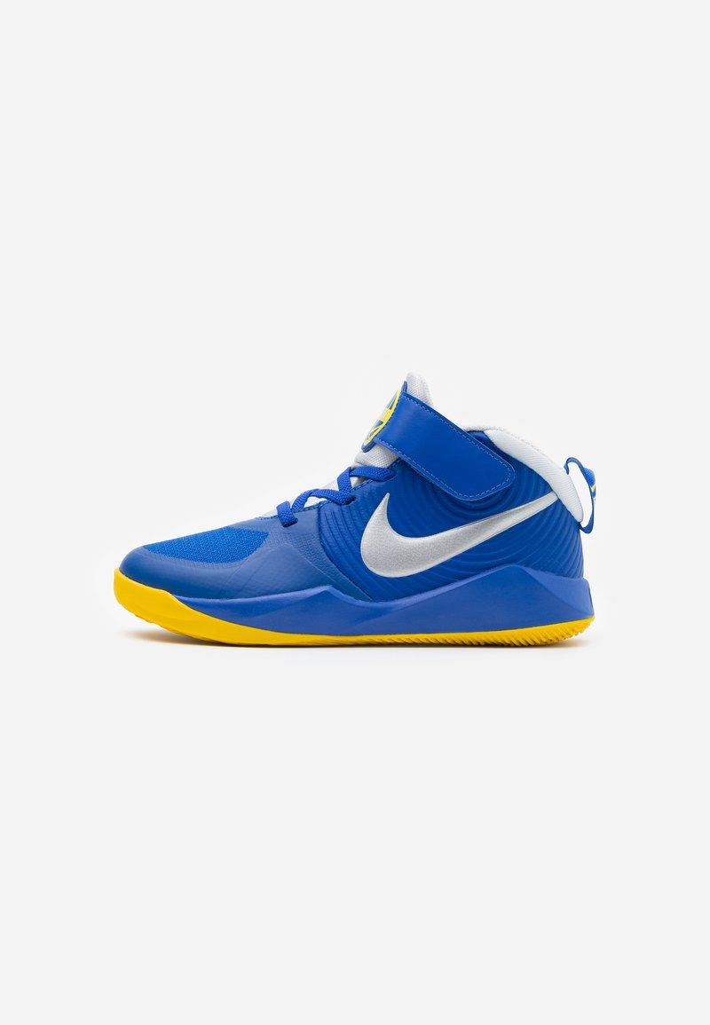 Nike Performance - TEAM HUSTLE 9 UNISEX  - Basketbalové boty - game royal/metallic silver/photon dust