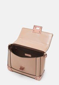 ALDO - AGRELIDIA - Handbag - nude/plum - 2