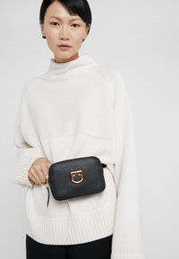 Furla - BELVEDERE BELT BAG - Bum bag - onyx - 1