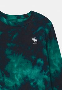 Abercrombie & Fitch - PRIMARY COZY CREW - Long sleeved top - green - 2
