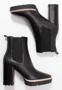 Tory Burch - MILLER  BOOTIE - Enkellaarsjes met hoge hak - perfect black - 3