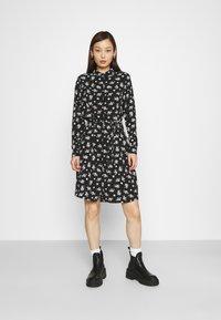 Vero Moda - VMSAGA COLLAR SHIRT DRESS  - Shirt dress - black/dara - 0
