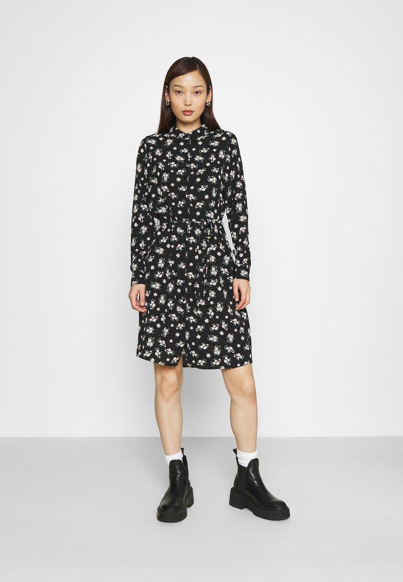 Vero Moda - VMSAGA COLLAR SHIRT DRESS  - Shirt dress - black/dara