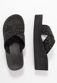 flip*flop - WEDGE CROSS CRYSTAL - Heeled mules - black - 3