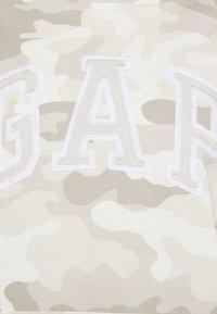 GAP - Sweatshirt - khaki - 2
