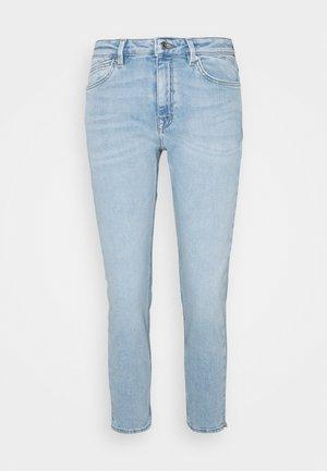 Jean slim - blue light wash