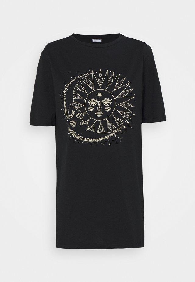 NMZODIAC - Print T-shirt - black