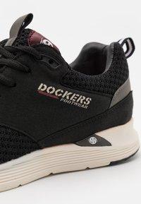 Dockers by Gerli - Sneakers laag - schwarz/weiß - 5