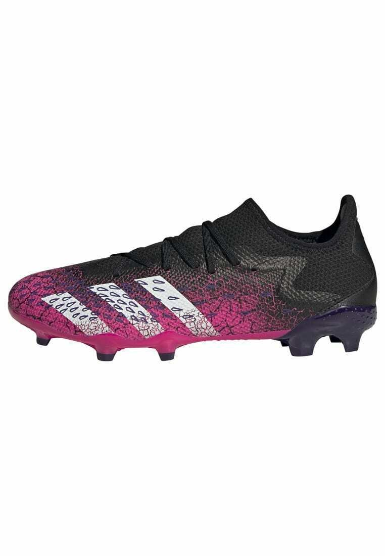 Women Moulded stud football boots