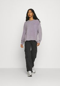 Carhartt WIP - MOSBY SCRIPT - Long sleeved top - provence - 1