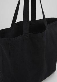 Mads Nørgaard - BOUTIQUE ATHENE - Tote bag - black/white - 4
