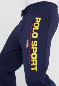 Polo Ralph Lauren - Tracksuit bottoms - cruise navy - 4