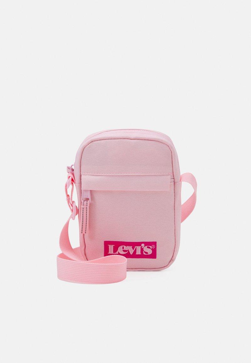 Levi's® - LAN FESTIVAL CROSSBODY BAG UNISEX - Across body bag - almond
