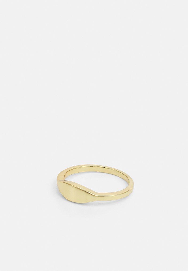 Shashi - SIGNET - Ring - gold-coloured